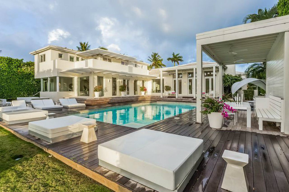 Celebrity Homes Shakira's Home in Miami Beach 08 Shakira's Home in Miami Beach Celebrity Homes: Shakira's Home in Miami Beach Celebrity Homes Shakiras Home in Miami Beach 08