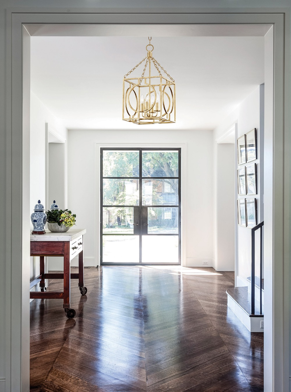entryway lighting ideas 22 Outrageously Stunning Entryway Lighting Ideas 22 Outrageously Stunning Entryway Lighting Ideas 1 17