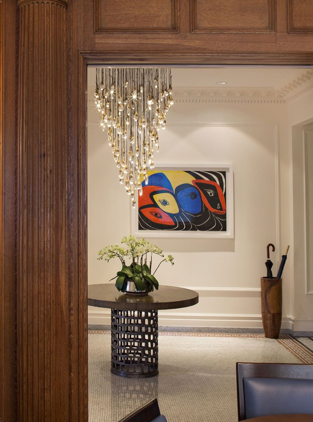 entryway lighting ideas 22 Outrageously Stunning Entryway Lighting Ideas 22 Outrageously Stunning Entryway Lighting Ideas 1 4