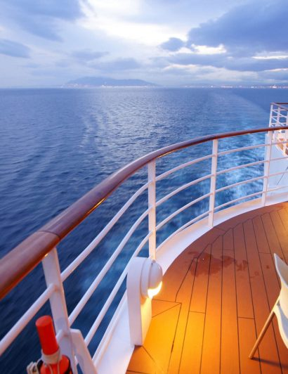 Cruises Modern Cruises: the perfect match between luxury and design Modern Cruises crystal 410x532