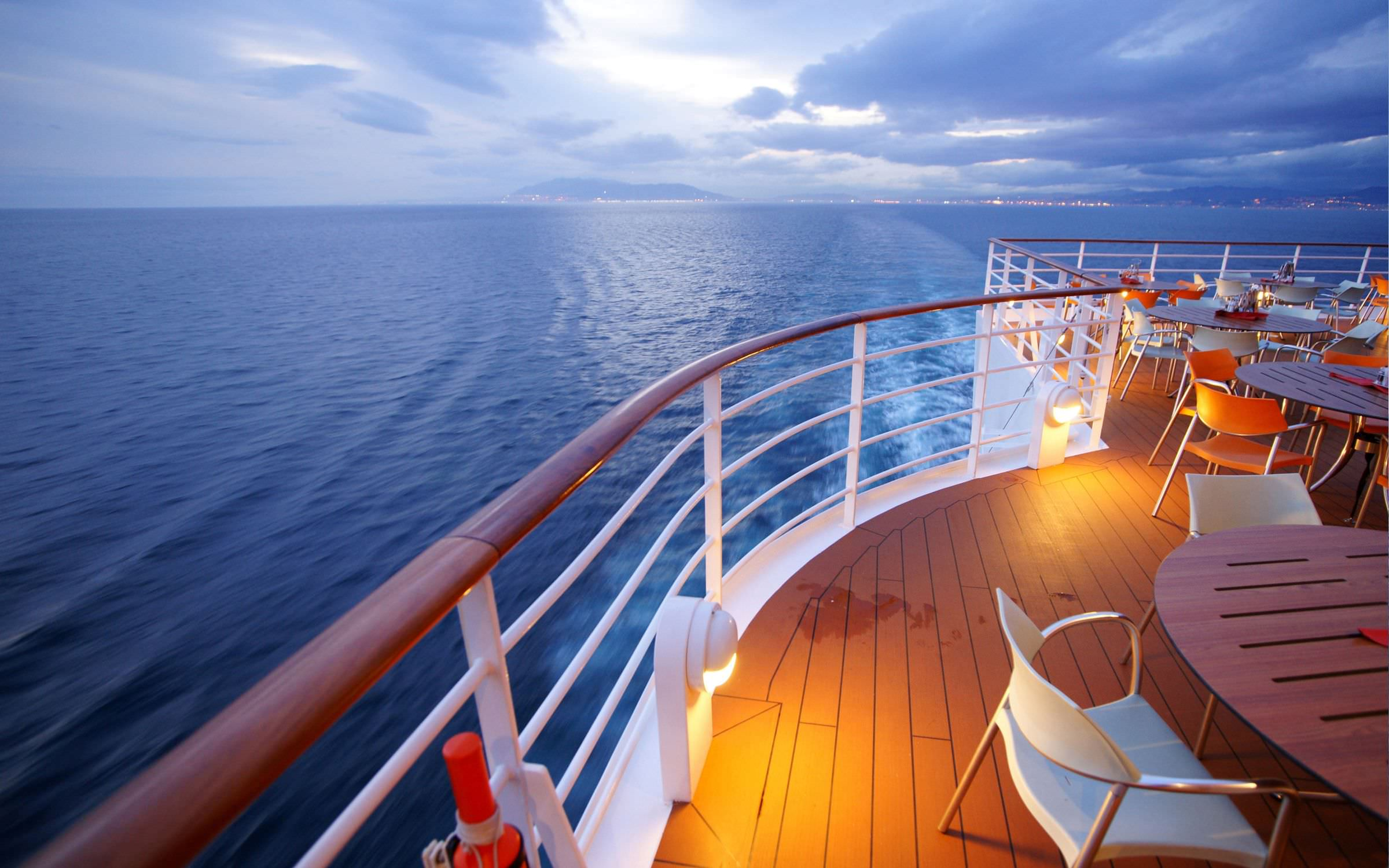 Modern Cruises: the perfect match between luxury and design