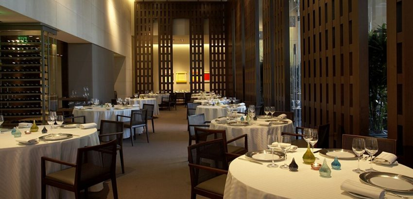 Best Restaurants Paris Guy Savoy Paris best restaurants L'Haute Cuisine: best restaurants you can't miss in Paris! Best Restaurants Paris Guy Savoy Paris 850x410