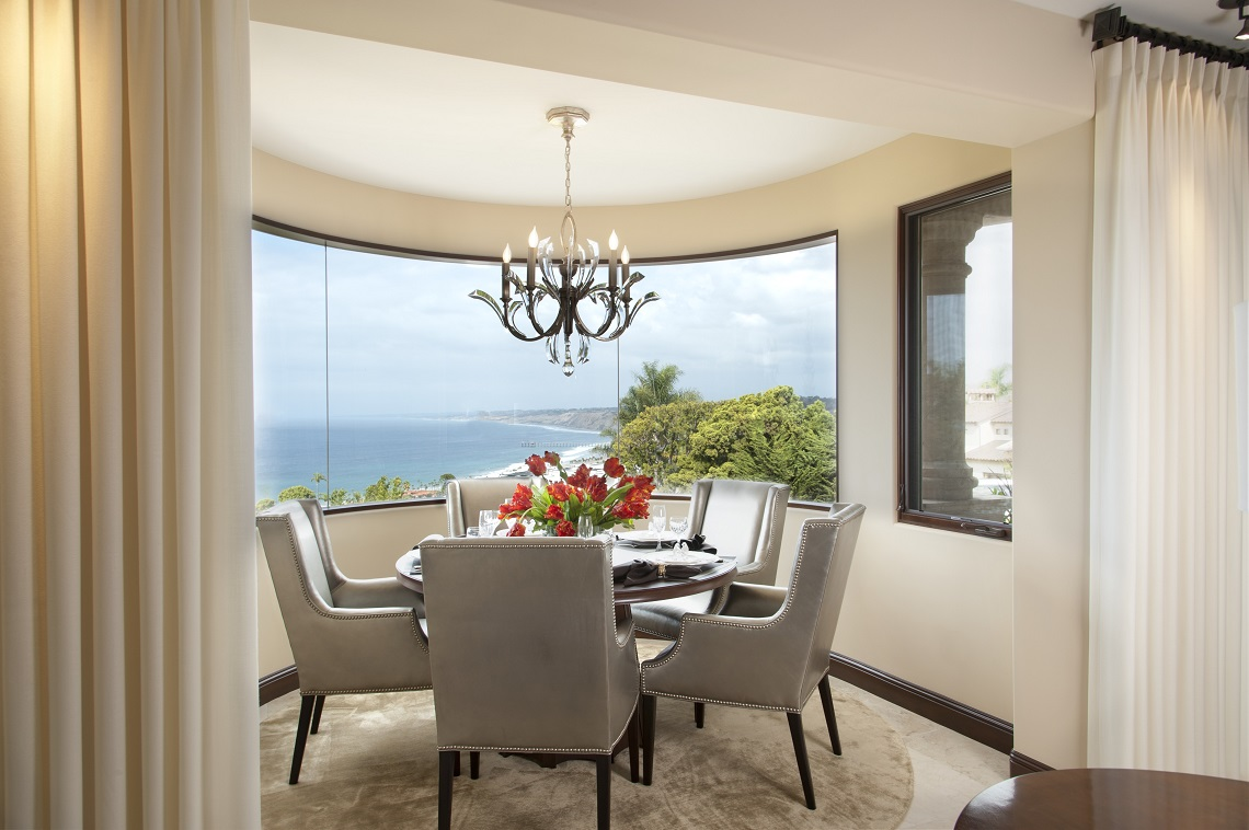 Do's and Don'ts of Dining Room Lighting ilse crawford Incredible interior design makeover by Ilse Crawford La Jolla Luxury Dining Room 1 ilse crawford Incredible interior design makeover by Ilse Crawford La Jolla Luxury Dining Room 1