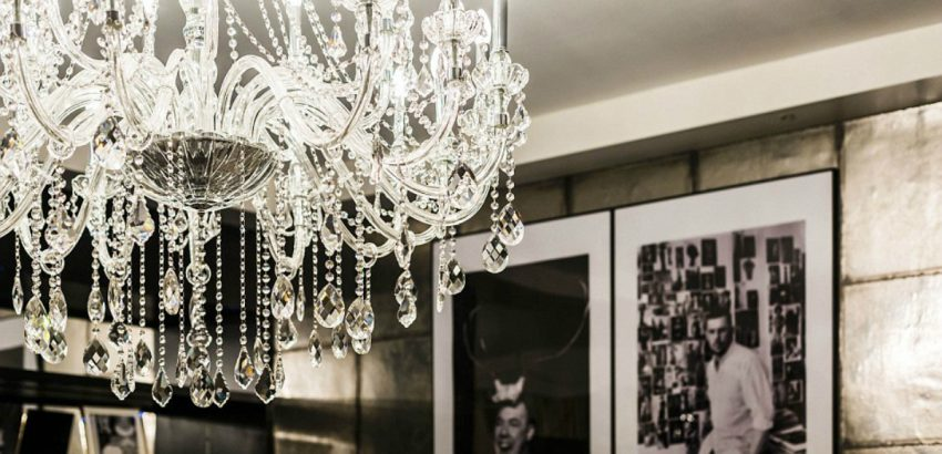 alexander mcqueen Peek Inside Alexander McQueen Mayfair Home Peek Inside Alexander McQueen Mayfair Home 9 850x410