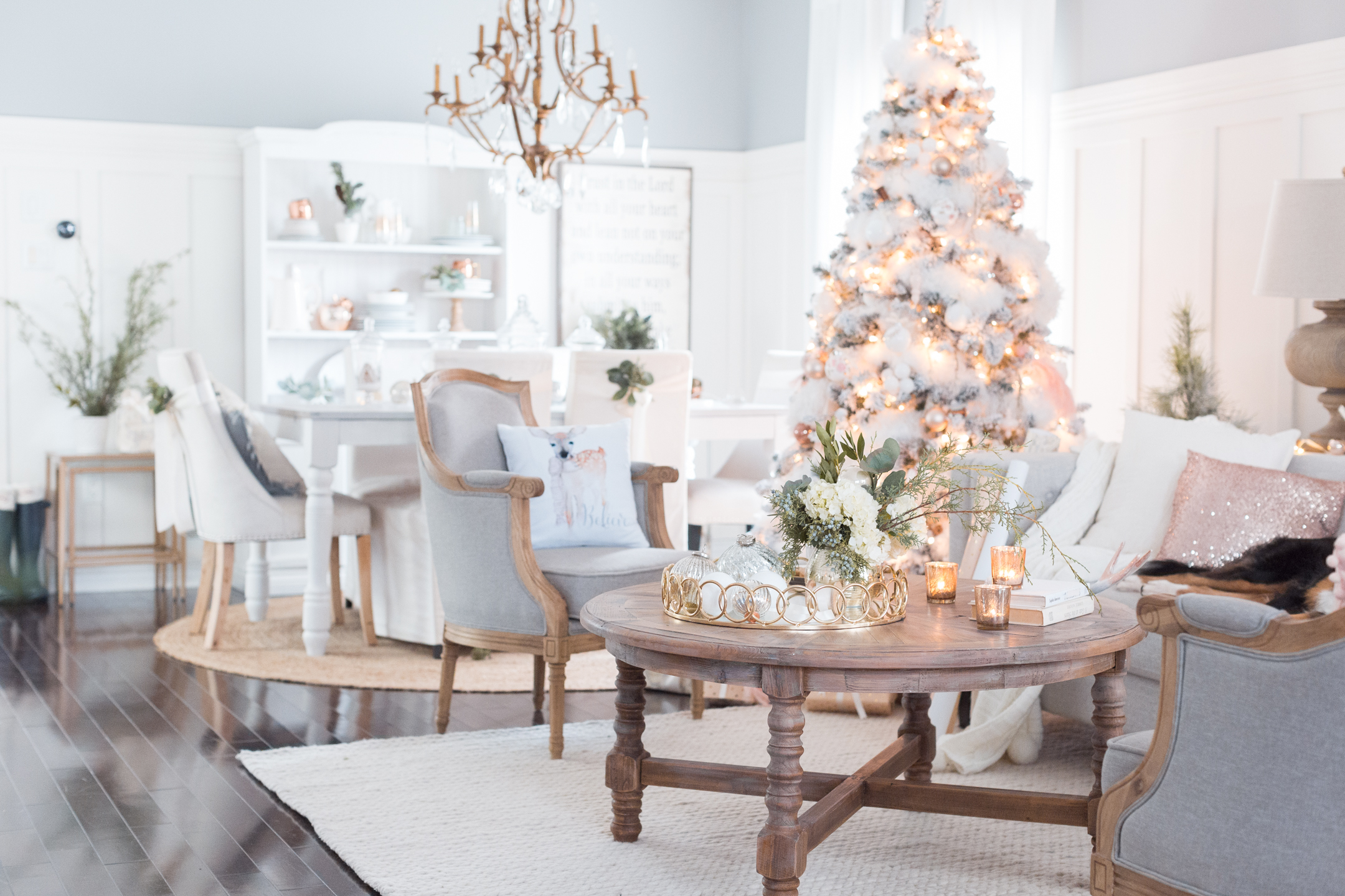 Luxury Christmas Decorations You Should be Using Best Christmas Destinations The World's Best Christmas Destinations Luxury Christmas Decorations You Should be Using 5 Best Christmas Destinations The World's Best Christmas Destinations Luxury Christmas Decorations You Should be Using 5