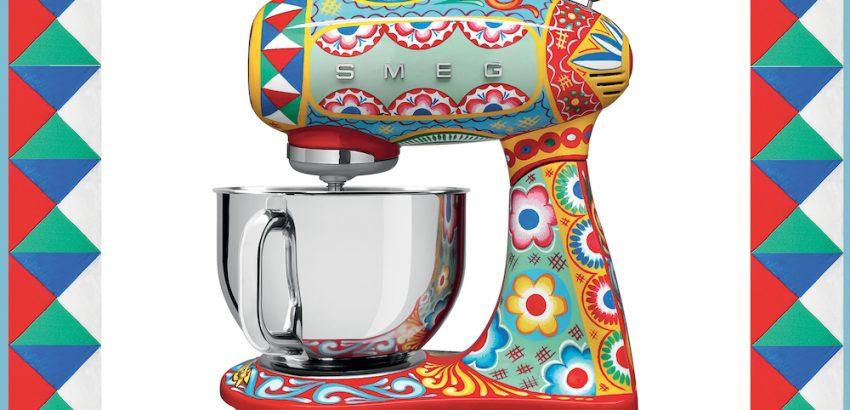 luxury kitchen appliances Dolce & Gabbana x SMEG Release Luxury Kitchen Appliances Dolce Gabbana x SMEG Release Luxury Kitchen Appliances 850x410