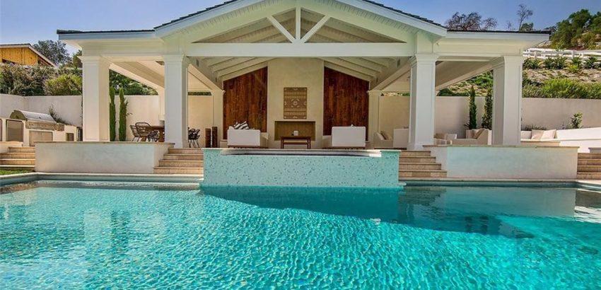 celebrity homes Celebrity Homes: The Weeknd Buys a $20 Million Hidden Hills Estate Celebrity Homes The Weeknd Buys a 20 Million Hidden Hills Estate 6 850x410