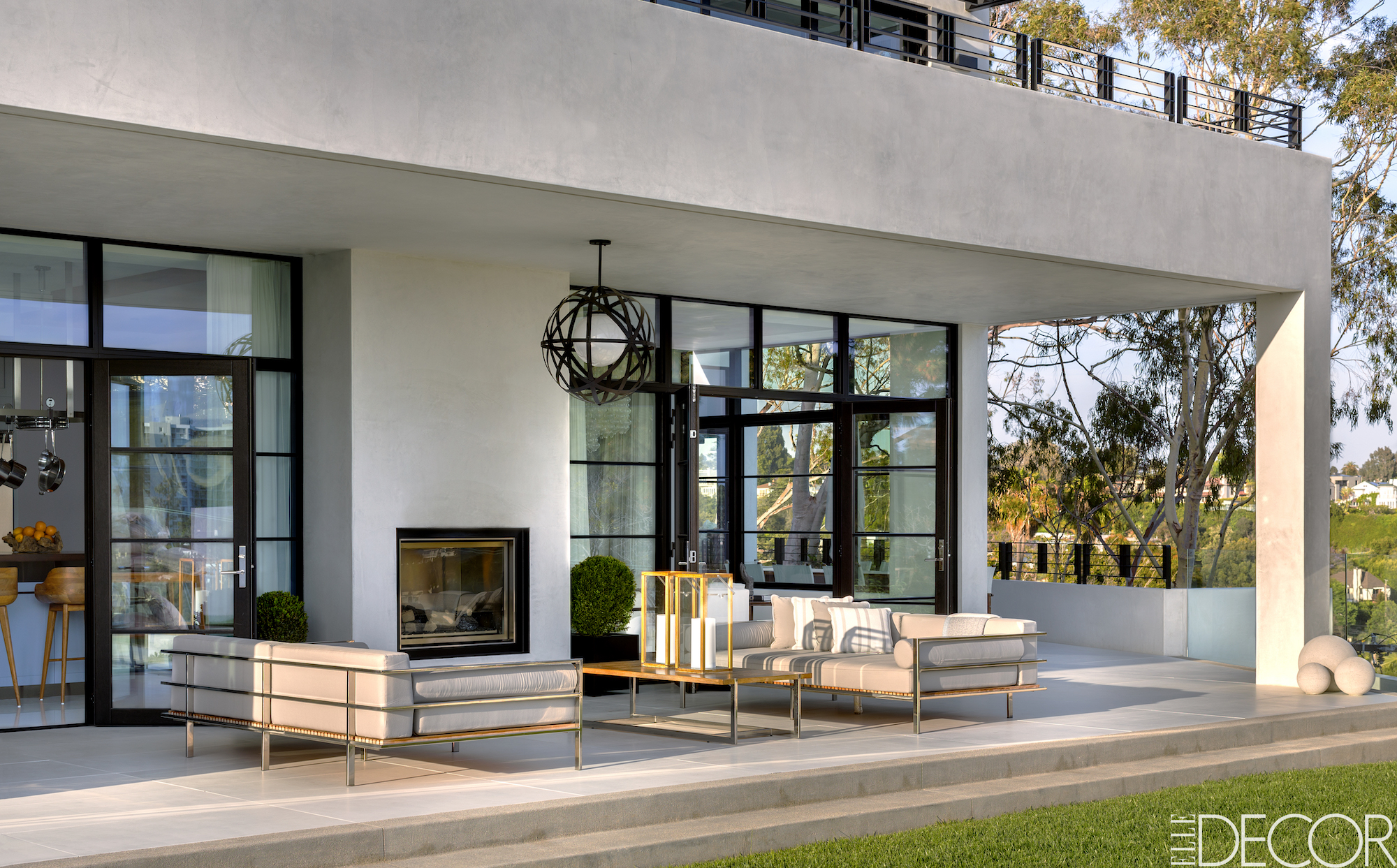 Final Selects of Palevsky Residence designed by AP Design Inc for Elle Decor feature to be published in May 2016 issue.  Styling on set done by Robert Rufino. Patio Design Ideas 7 Stunning Patio Design Ideas For This Summer 5 Outdoor Fireplaces You Will Want to Use in Your Backyard 4 Patio Design Ideas 7 Stunning Patio Design Ideas For This Summer 5 Outdoor Fireplaces You Will Want to Use in Your Backyard 4