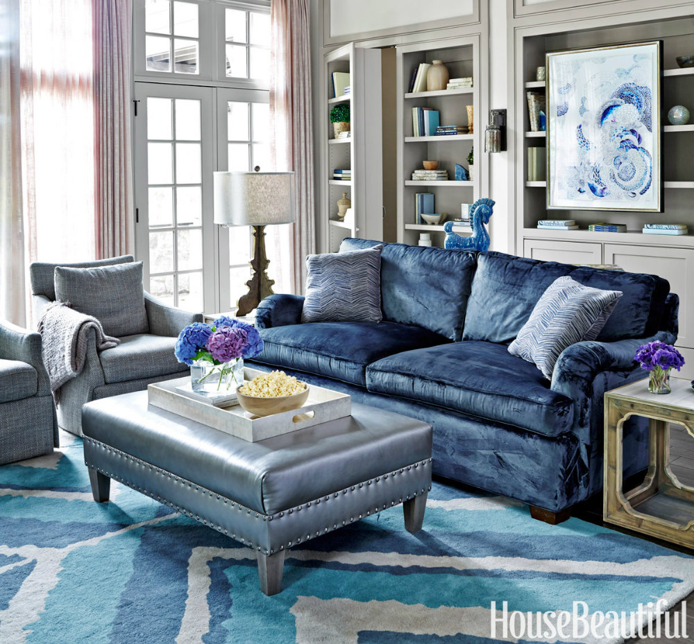 6 Ways to Use the Trendy Navy Blue and Gold Color Scheme georgian townhouse A Renovated Georgian Townhouse filled with Luxury Details 6 Ways to Use the Trendy Navy Blue and Gold Color Scheme 01 georgian townhouse A Renovated Georgian Townhouse filled with Luxury Details 6 Ways to Use the Trendy Navy Blue and Gold Color Scheme 01