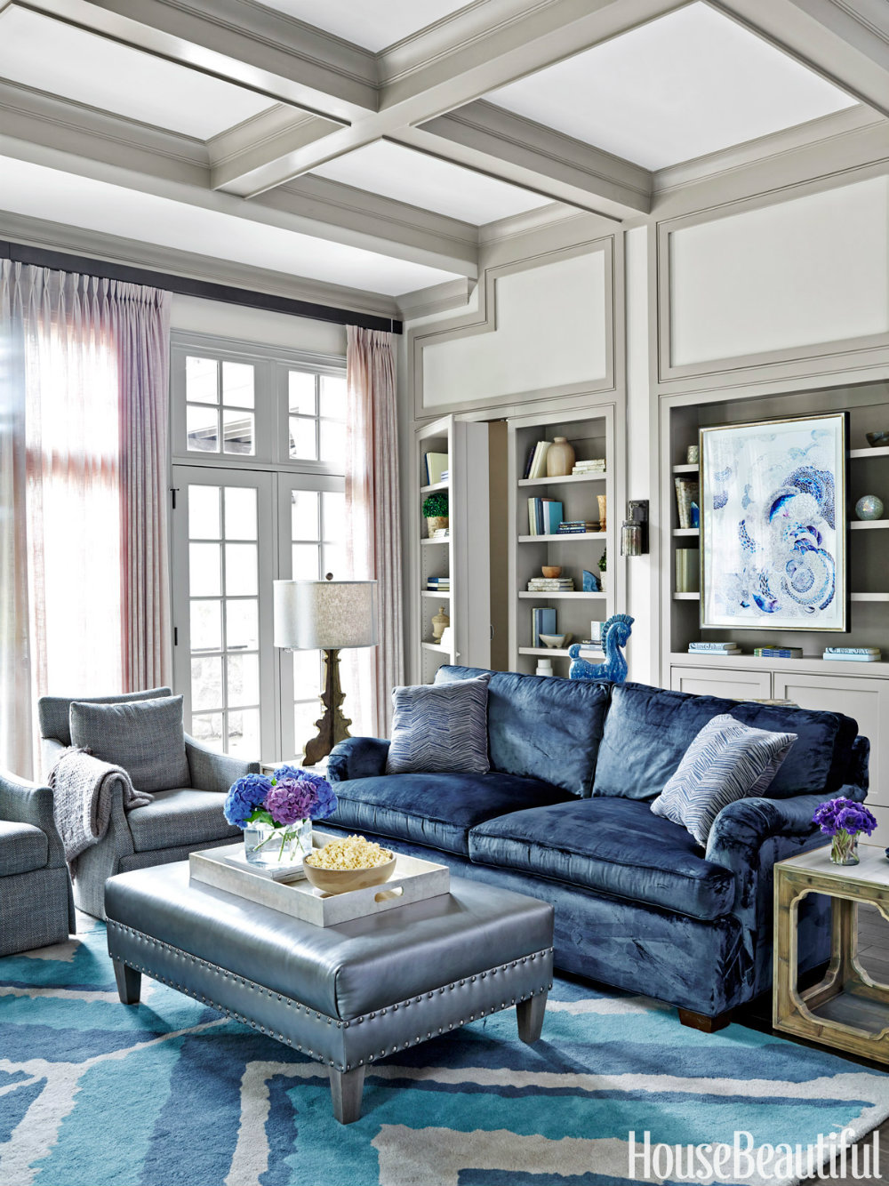 6 Ways to Use the Trendy Navy Blue and Gold Color Scheme 06 navy blue The Trendy Navy Blue and Gold Color Scheme – 6 ways to use it 6 Ways to Use the Trendy Navy Blue and Gold Color Scheme 06