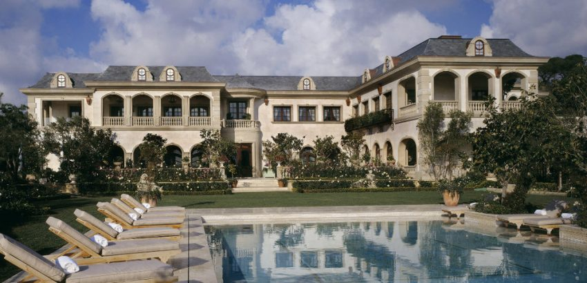 Gigi Hadid's Father is Selling an Impressive Mansion for $85 Million 01 Gigi Hadid's Father Gigi Hadid's Father is Selling an Impressive Mansion for $85 Million Gigi Hadids Father is Selling an Impressive Mansion for 85 Million 01 850x410