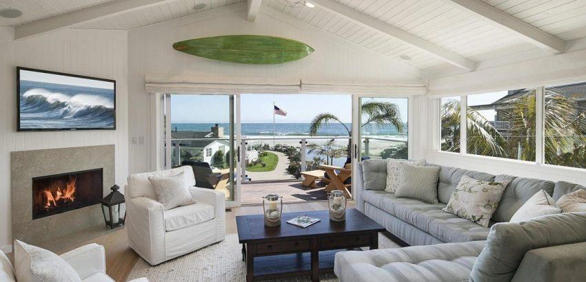Meet Mila Kunis and Ashton Kutcher 's New California Beach ...