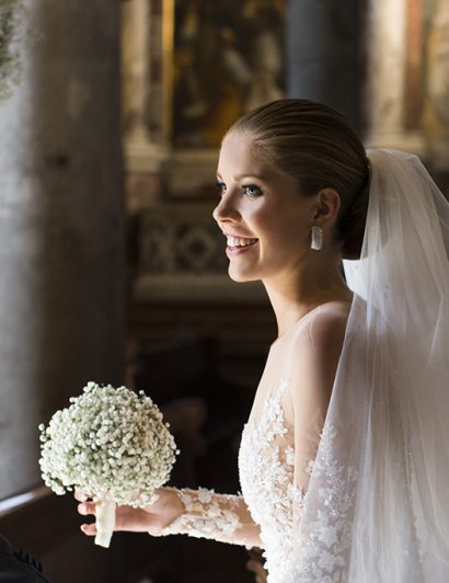 Viktoria Swarovski Got Married in a Gown Covered in Swarovski Crystals 02
