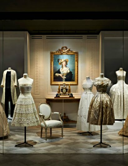 christian dior Luxury Brand Christian Dior exhibits at Musée des Arts Décoratifs Luxury Brand Christian Dior exhibits at Mus  e des Arts D  coratifs 3 410x532