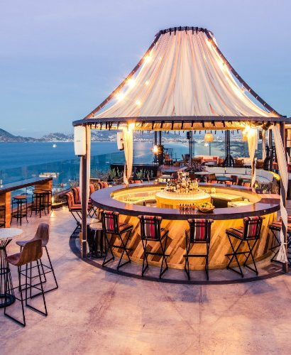 The Best Rooftop Bars in the World 01 Best Rooftop Bars The Best Rooftop Bars in the World The Best Rooftop Bars in the World 01 410x500