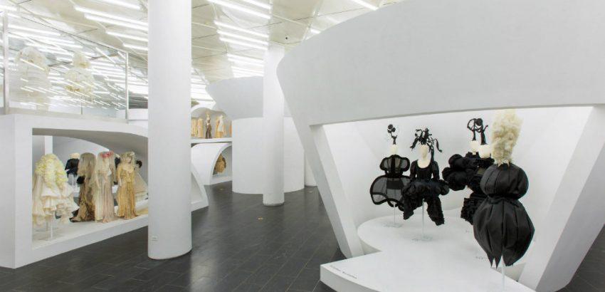 Fashion Exhibits 5 Fashion Exhibits Worth Visiting 5 Fashion Exhibits Worth Visiting 01 850x410