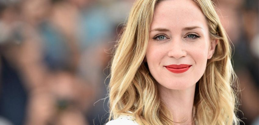 emily blunt's brooklyn townhouse $8 Million is the Listed Price for Emily Blunt's Brooklyn Townhouse 8 Million is the Listed Price for Emily Blunts Brooklyn Townhouse 7 850x410