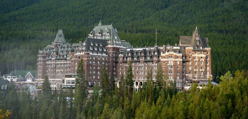 Haunted Hotels For A Spooky Halloween Escape 01