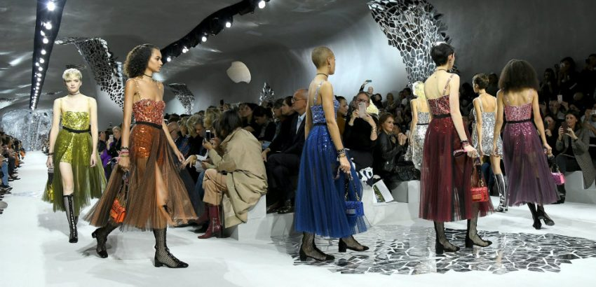 Paris Fashion Week Dior Unveils The Spring Summer 2018 Collection 01 Paris Fashion Week Paris Fashion Week: Dior Unveils The Spring/Summer 2018 Collection Paris Fashion Week Dior Unveils The Spring Summer 2018 Collection 01 850x410
