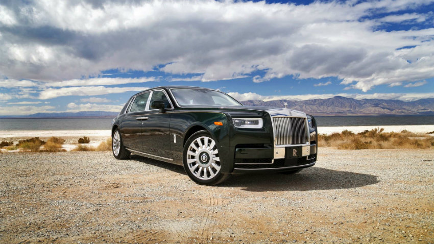 Meet the New Rolls Royce Phantom mercedes-benz Mercedes-Benz Introduces New Concept Car Inspired by the Avatar Film Meet the New Rolls Royce Phantom 01 mercedes-benz Mercedes-Benz Introduces New Concept Car Inspired by the Avatar Film Meet the New Rolls Royce Phantom 01