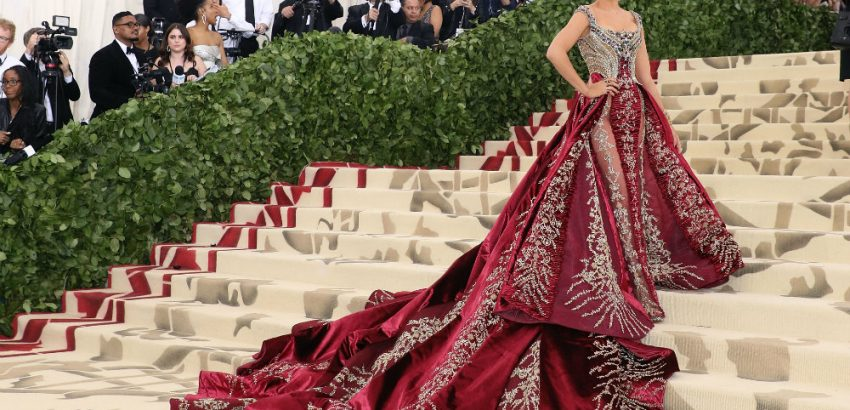 Met Gala 2018 The Best Looks from the Red Carpet 01 Met Gala 2018 Met Gala 2018: The Best Looks from the Red Carpet Met Gala 2018 The Best Looks from the Red Carpet 01 850x410