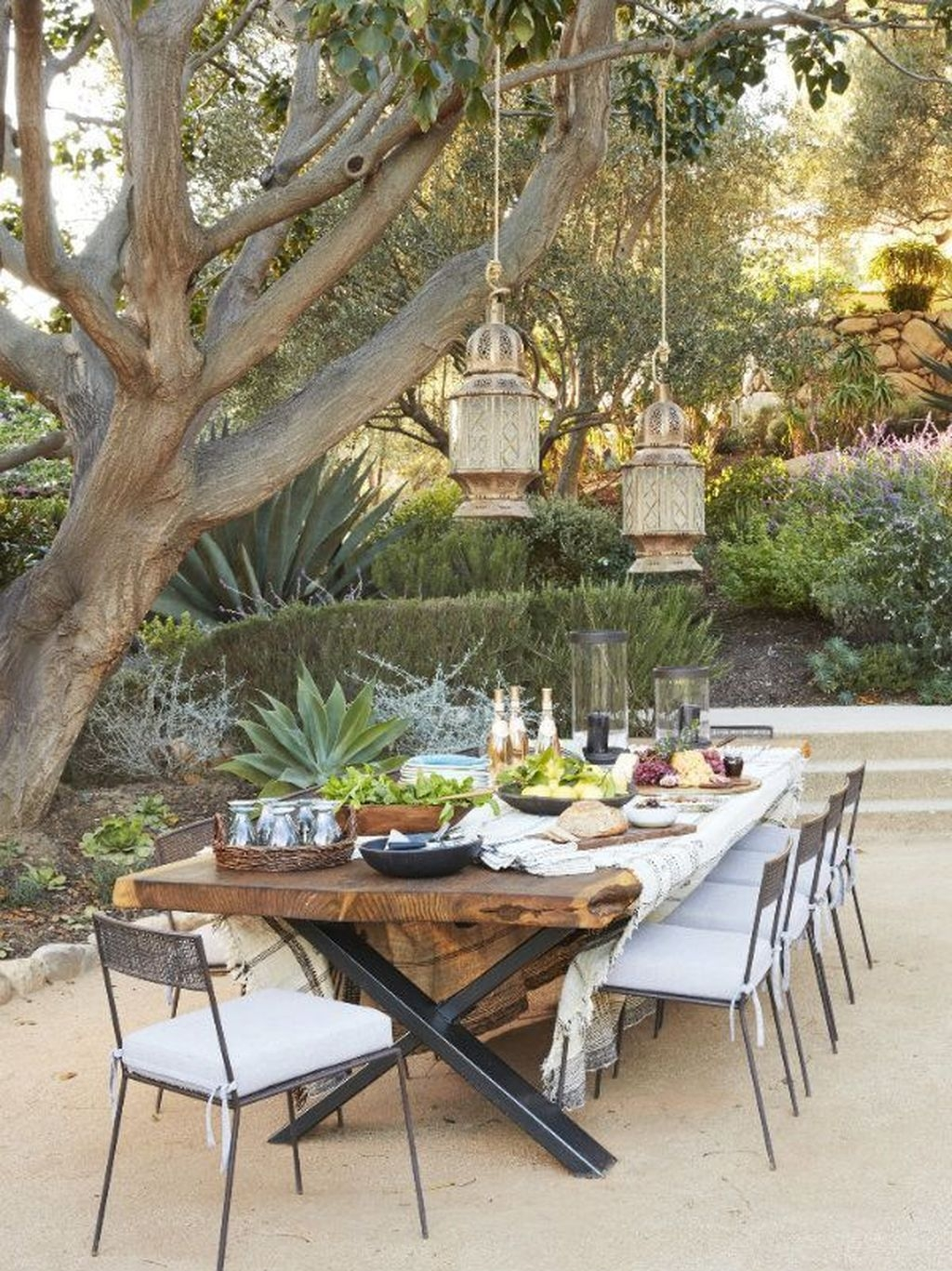 5 Ideas For the Perfect Al Fresco Dining Area