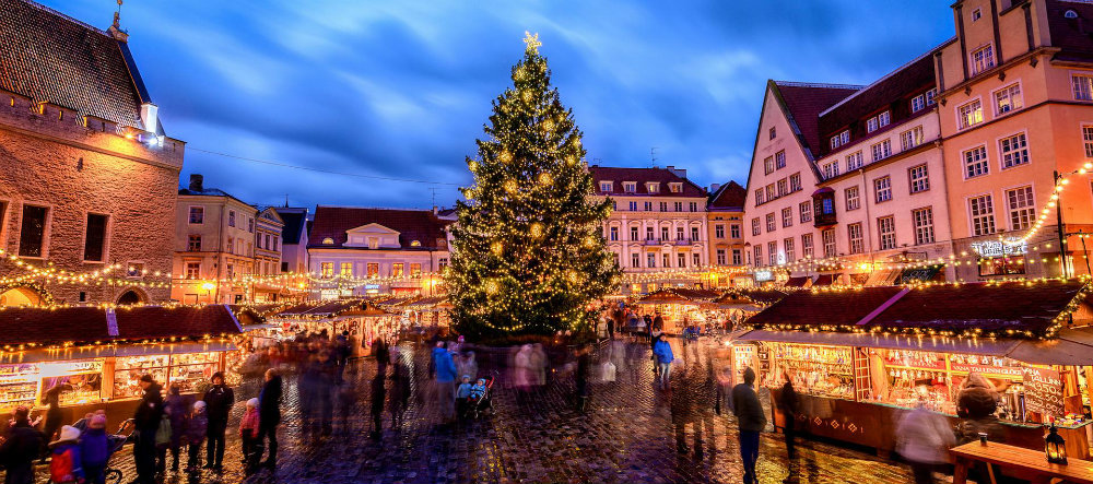 The Best Christmas Markets Around Europe Best Christmas Destinations The World's Best Christmas Destinations The Best Christmas Markets Around Europe 04 Best Christmas Destinations The World's Best Christmas Destinations The Best Christmas Markets Around Europe 04
