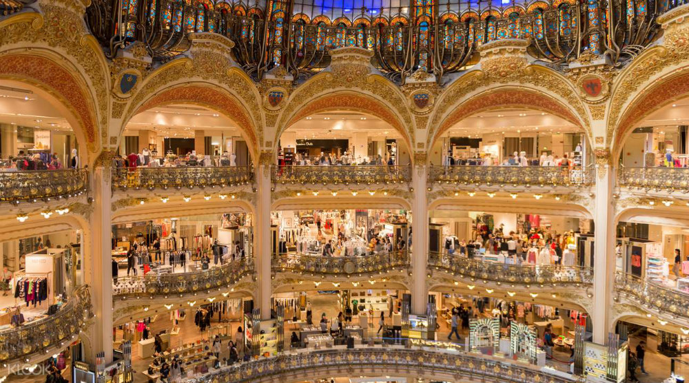 The Best Luxury Stores in Paris To Shop In 03 luxury stores in Paris The Best Luxury Stores in Paris To Shop In The Best Luxury Stores in Paris To Shop In 03