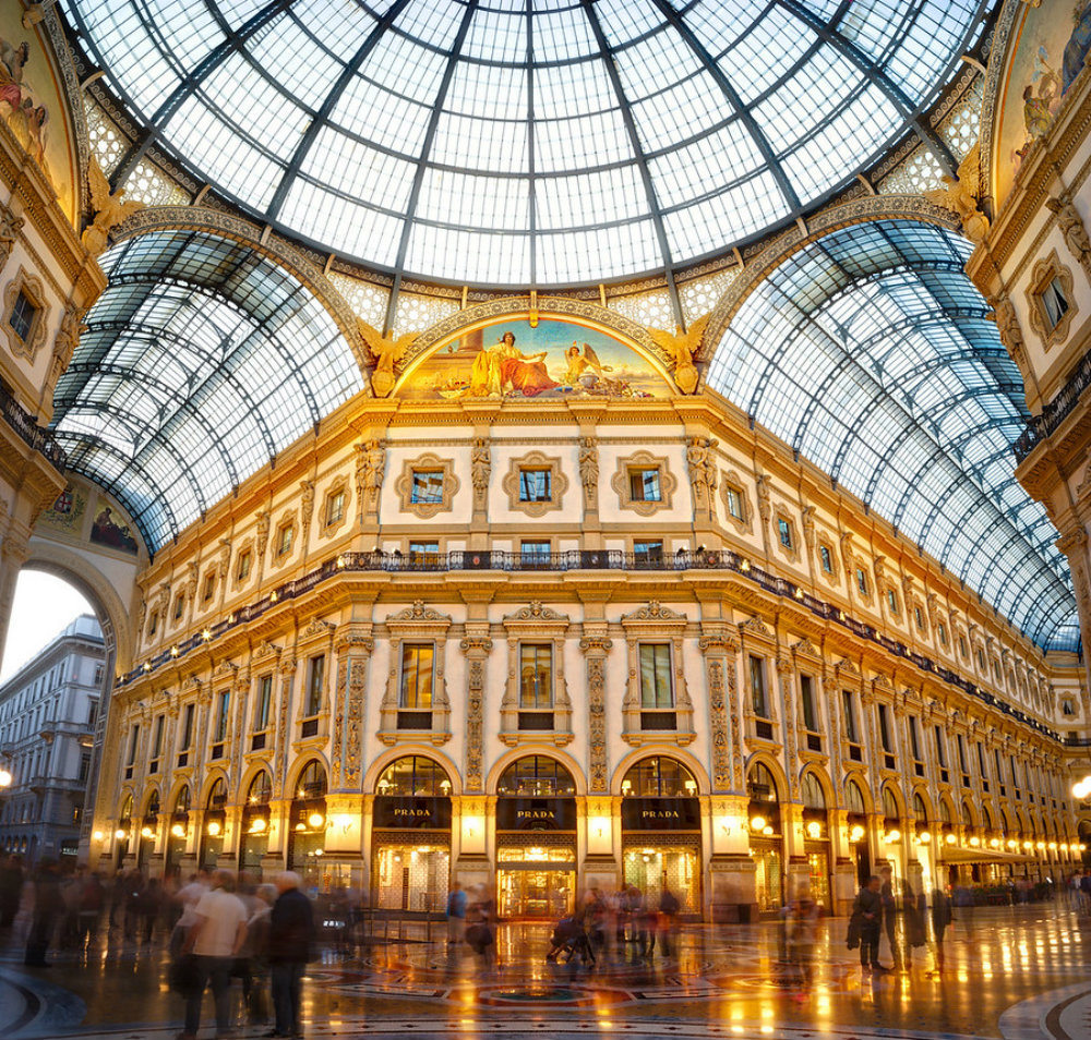 luxury stores in milan Guide to Luxury Stores In Milan Guide To Luxury Stores In Milan 02