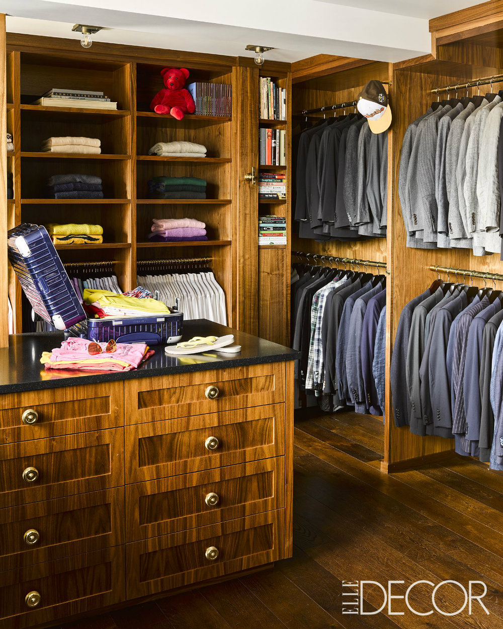 Inside The Most Impressive Celebrity Closets 01 celebrity closets Inside The Most Impressive Celebrity Closets Inside The Most Impressive Celebrity Closets 01