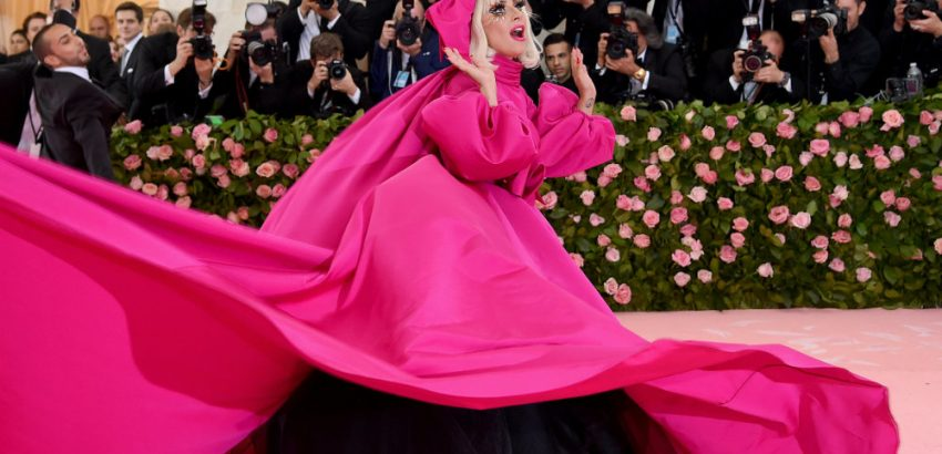 Met Gala 2019 Red Carpet - The Best Dressed 00 met gala 2019 red carpet Met Gala 2019 Red Carpet – The Best Dressed Met Gala 2019 Red Carpet The Best Dressed 00 850x410