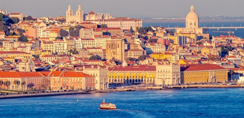 5 Reasons To Visit Lisbon 5 reasons to visit lisbon 5 Reasons To Visit Lisbon Tejo river Lisbon 3 850x410