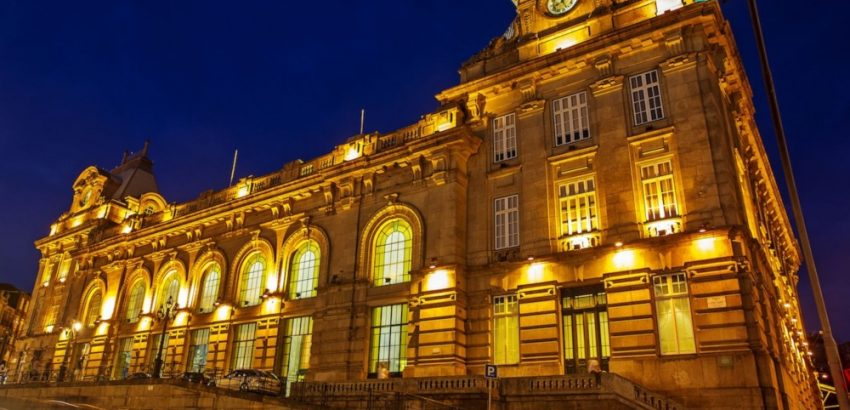 The world's most beautiful train stations the world's most beautiful train stations The World's Most Beautiful Train Stations The worlds most beautiful train stations Sao Bento cover picture 850x410