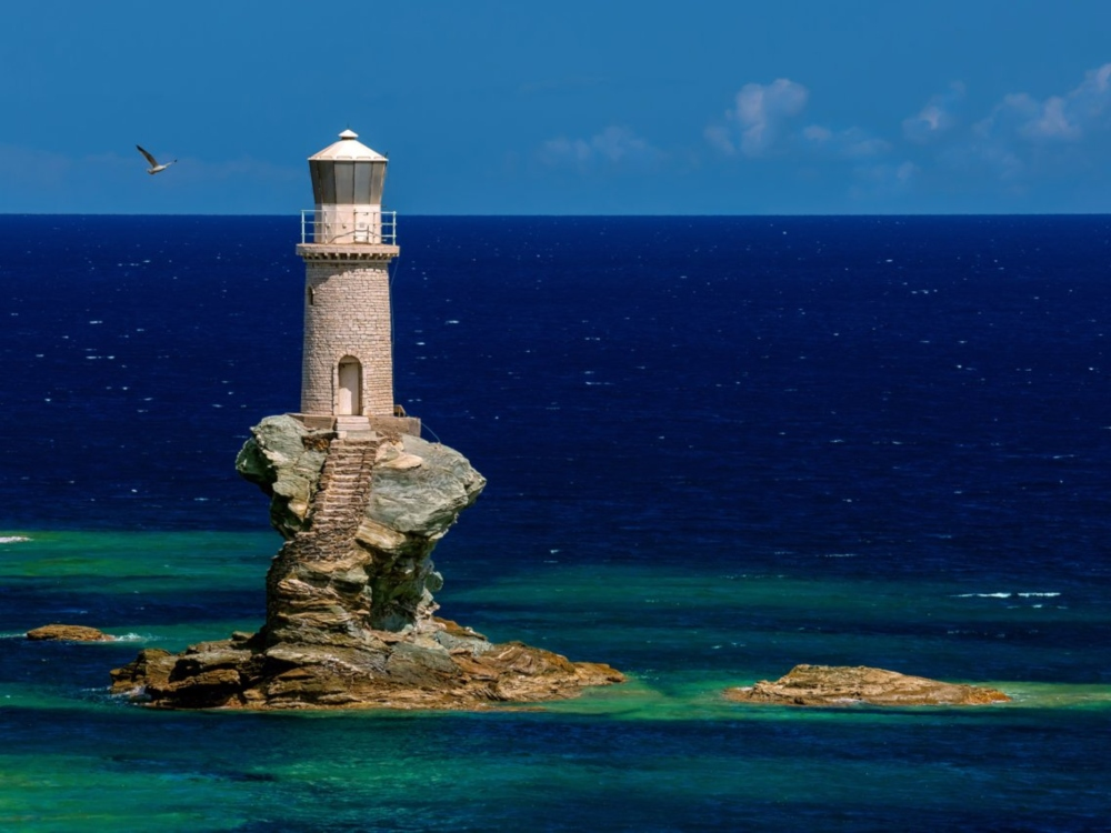 5 Of The Most Beautiful Lighthouses In The World luxurious interiors Luxurious Interiors Inspired by Louis-Era French Design Tourlitis Lighthouse Greece luxurious interiors Luxurious Interiors Inspired by Louis-Era French Design Tourlitis Lighthouse Greece