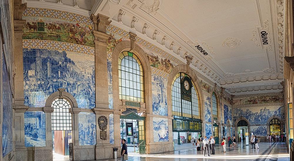 The World's most beautiful train station - Estação de São Bento the world's most beautiful train stations The World's Most Beautiful Train Stations estacao porto