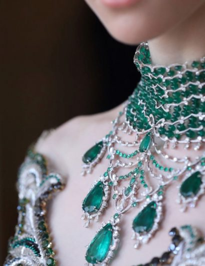 2019 jewelry trends 2019 Jewelry Trends From The Couture High Jewelry Show 2019 Jewelry Trends From The Couture High Jewelry Show 01 410x532
