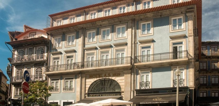 Best Luxury Hotels To Stay In During LDC Summit Porto luxury hotels to stay in during ldc summit Best Luxury Hotels To Stay In During LDC Summit Porto Best Luxury Hotels To Stay In During LDC Summit Porto 1 850x410