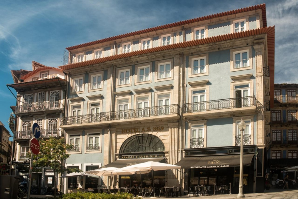 Best Luxury Hotels To Stay In During LDC Summit Porto