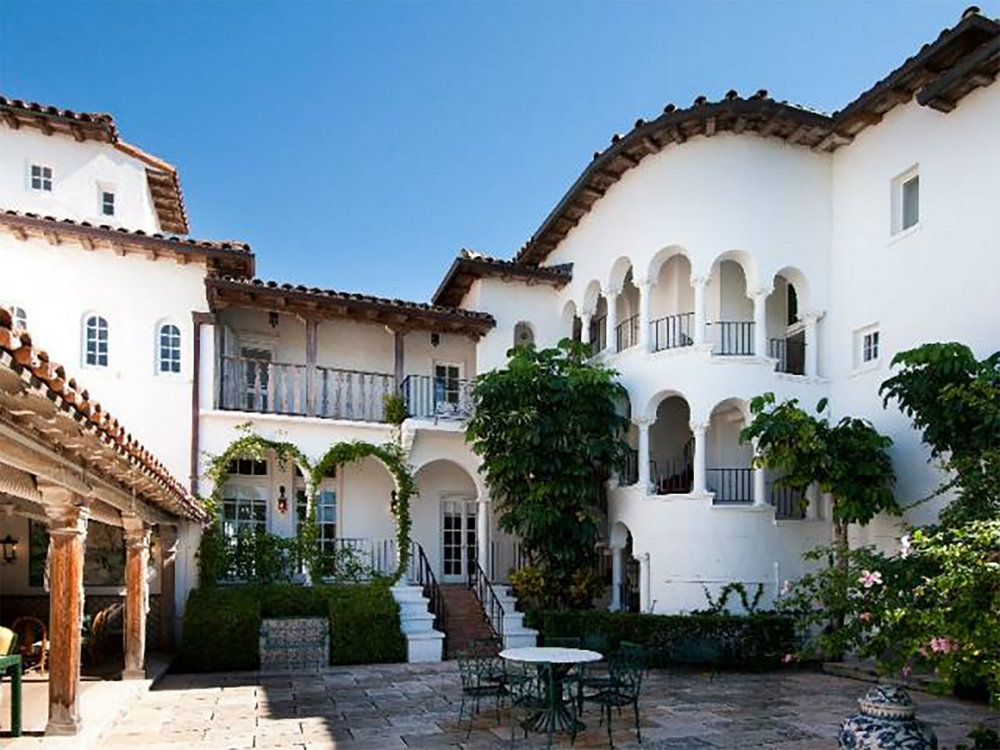 5 Mediterranean Style Houses You Will Love 03 mediterranean style houses 5 Mediterranean Style Houses You Will Love 5 Mediterranean Style Houses You Will Love 03