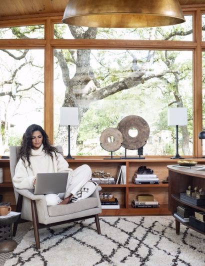 Celebrity Offices You Need to See Camila Alves celebrity offices Celebrity Offices You Need to See Celebrity Offices You Need to See Camila Alves 410x532