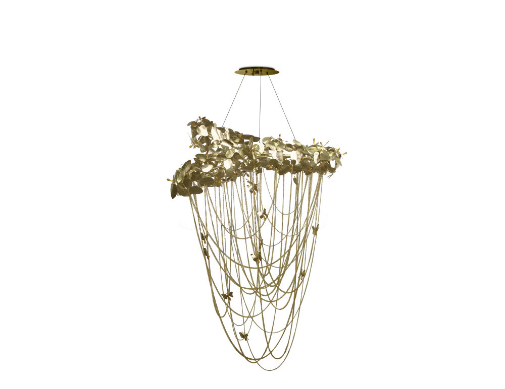 Dramatic Chandeliers You Need In Your Home 02 dramatic chandeliers Dramatic Chandeliers You Need In Your Home Dramatic Chandeliers You Need In Your Home 02