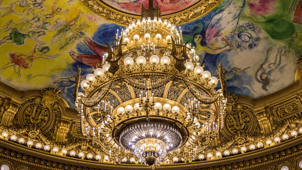 Most Iconic Chandeliers In The World 01 most iconic chandeliers Most Iconic Chandeliers In The World Most Iconic Chandeliers In The World 01