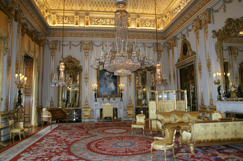 Most Iconic Chandeliers In The World 02 most iconic chandeliers Most Iconic Chandeliers In The World Most Iconic Chandeliers In The World 02