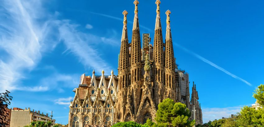 5 Outstanding Buildings in Spanish Architecture 03 spanish architecture 5 Outstanding Buildings in Spanish Architecture 5 Outstanding Buildings in Spanish Architecture 03 850x410