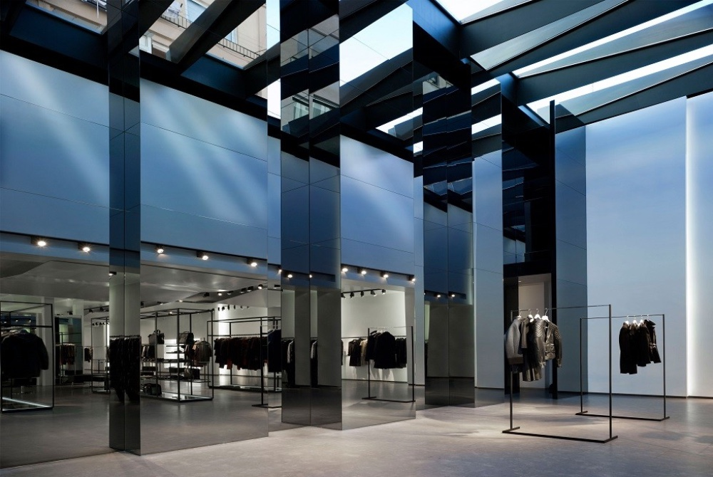 Luxury Stores in Valencia luxurious international fashion brands, luxury stores in valencia Luxury Stores in Valencia Luxury Stores in Valencia luxurious international fashion brands