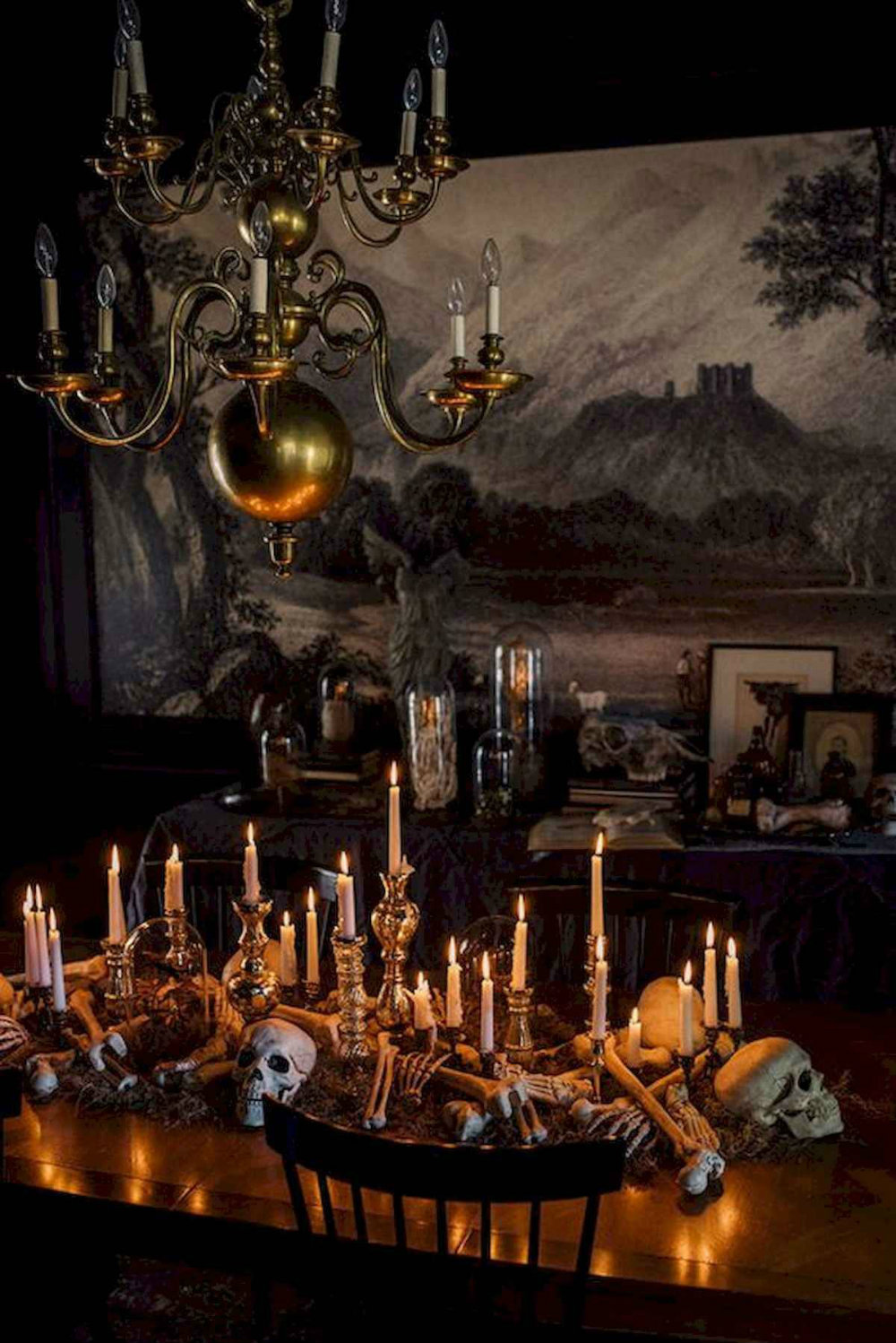 Elegant Halloween Décor Ideas
