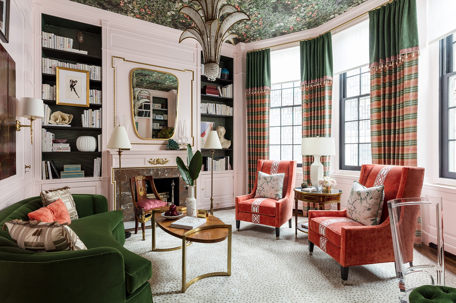 Top Interior Designers You Should Follow on Instagram elizabeth krueger House Tour: Elizabeth Krueger Chicago Apartment Top Interior Designers You Should Follow on Instagram4 1 elizabeth krueger House Tour: Elizabeth Krueger Chicago Apartment Top Interior Designers You Should Follow on Instagram4 1