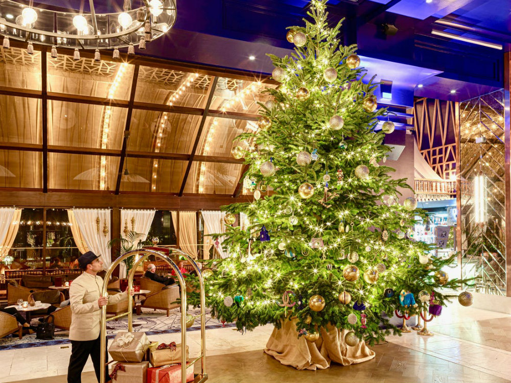 The Most Expensive Christmas Tree In The World luxury advent calendars Luxury Advent Calendars for Christmas 2019 The Most Expensive Christmas Tree In The World 01 luxury advent calendars Luxury Advent Calendars for Christmas 2019 The Most Expensive Christmas Tree In The World 01