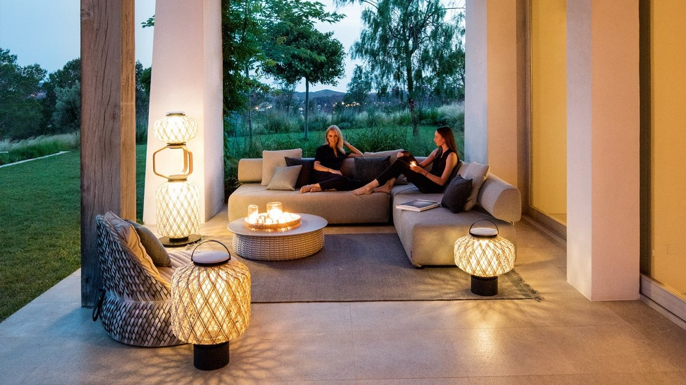 10 Superlative Outdoor Lighting Designs for Your Consideration 2