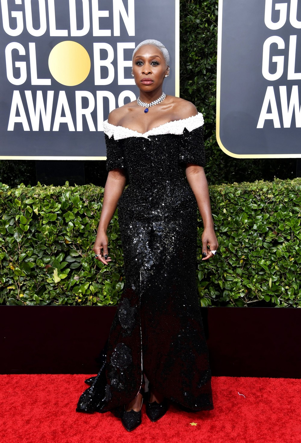 Golden Globes 2020 The Most Exciting Looks Seen on the Red Carpet 2 golden globes 2020 Golden Globes 2020: The Most Exciting Looks Seen on the Red Carpet Golden Globes 2020 The Most Exciting Looks Seen on the Red Carpet 2